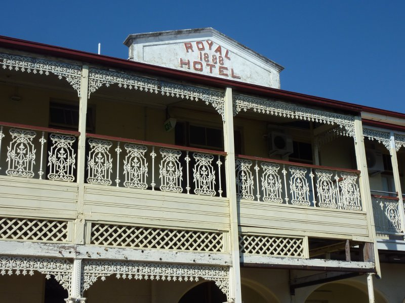 Royal Hotel, Charters Towers