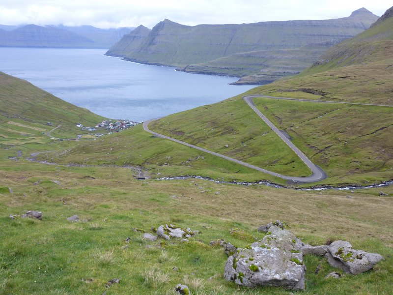 Mountain roads in northern Eysturoy
