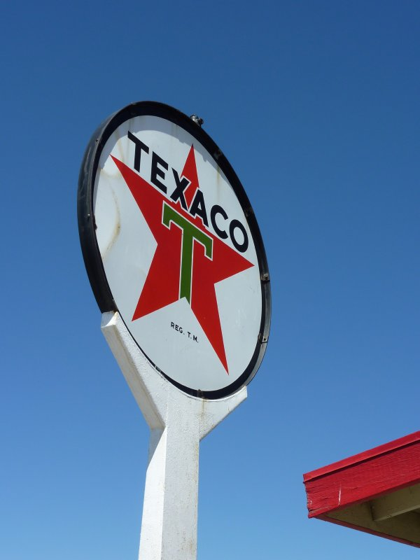 Old Texaco sign, California Route 66