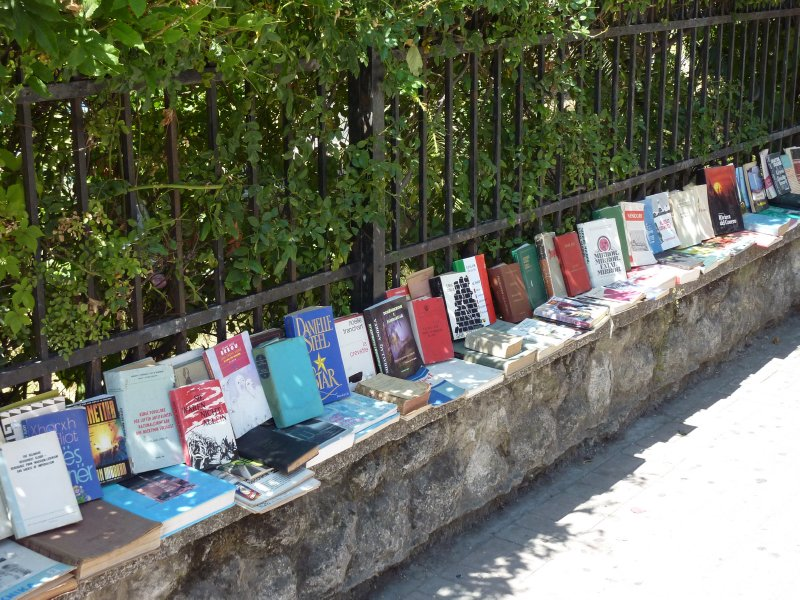 Books for sale, Tirana