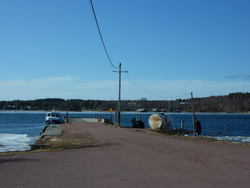 Many roads are supplemented by short (and free!) ferry rides