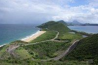 Atlantic Ocean left, Caribbean Sea right
