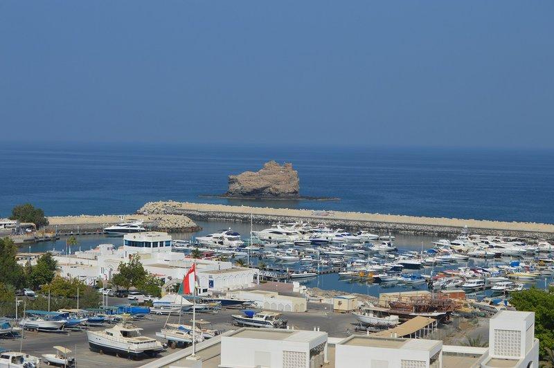 large_Oman__25_.jpg