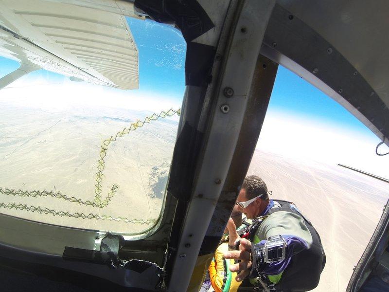 large_Skydiving__6_.jpg
