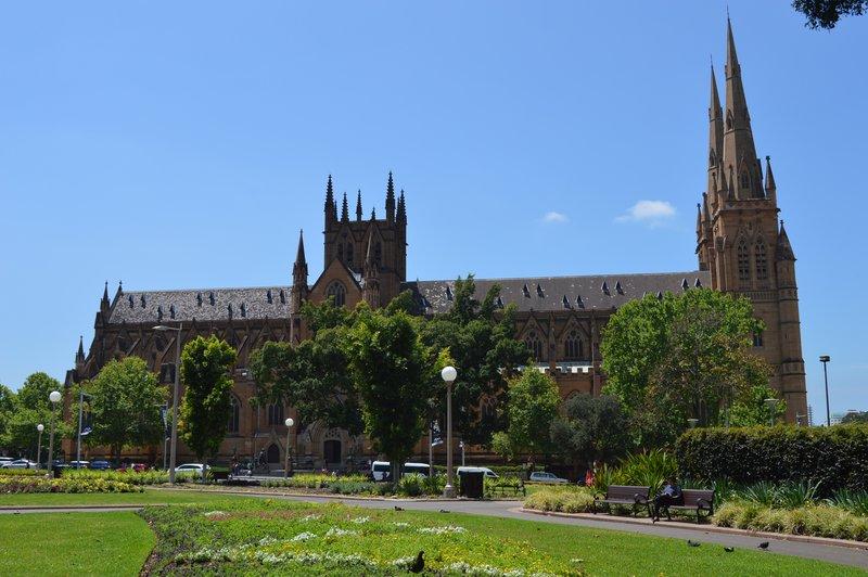 large_Sydney_02__5_.jpg