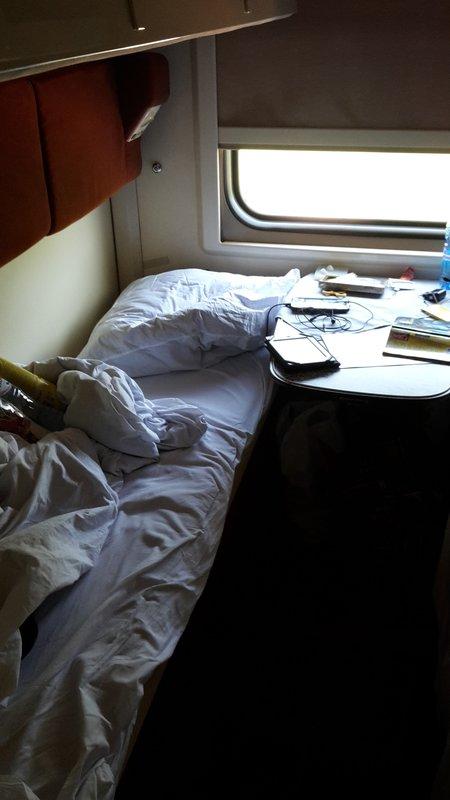 large_Train1__6_.jpg
