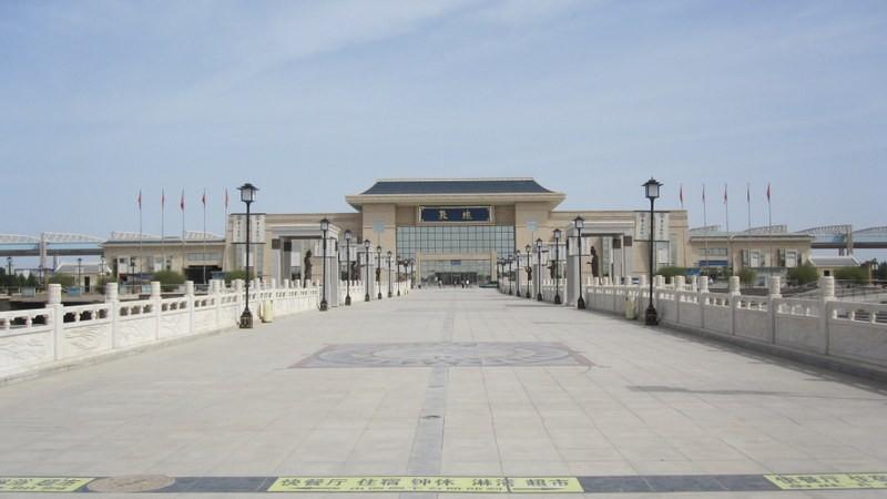 Dunhuang, Gansu, China - 9-6-2014 03-53-26