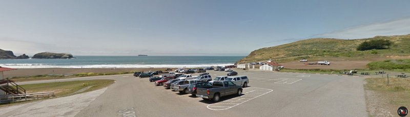 Google photo of Rodeo Beach in Golden Gate National Recreation Area. Picnic tables on the right.