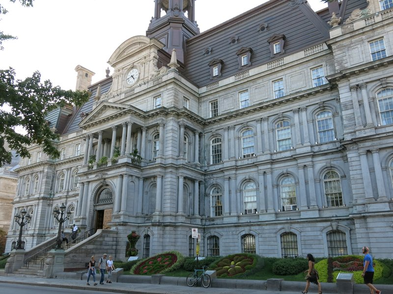 Hotel de Ville, city hall in Montreal