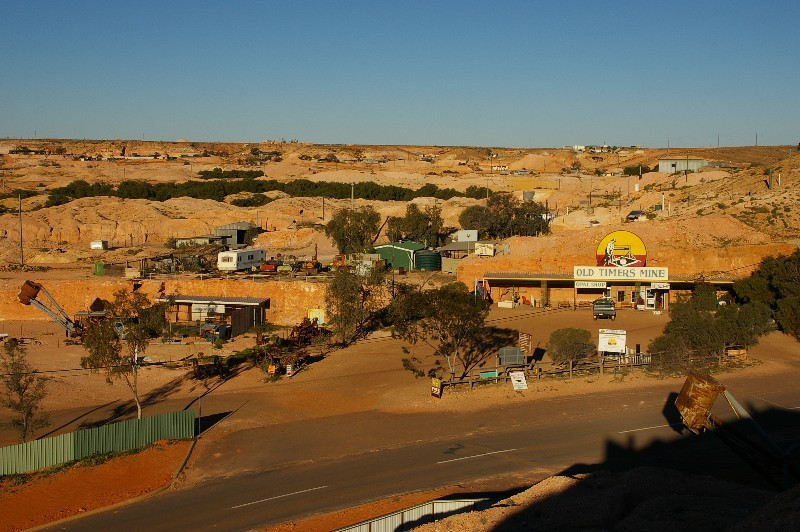 Looking over Old Timer's and other mines, Coober Pedy