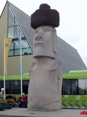 Vor dem Kon-Tiki-Museum