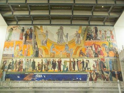 Wandgemälde im Osloer Rathaus