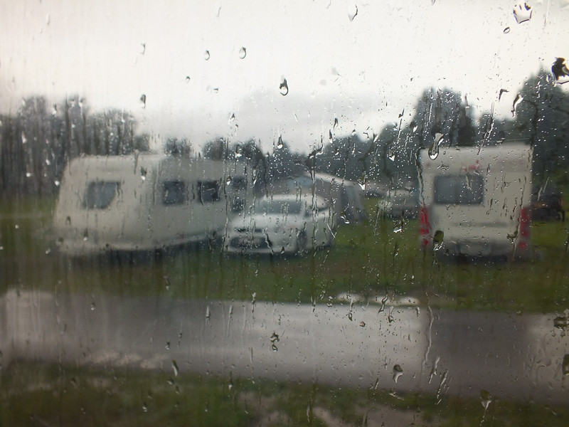 Regen auf dem Campingplatz in Oslo
