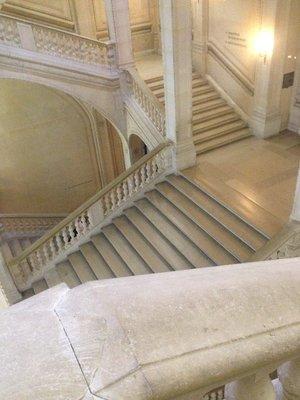 Escaliers_du_Louvre6.jpg
