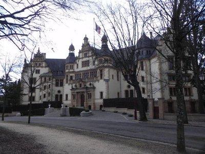 Palais_du_Gouvernor1.jpg