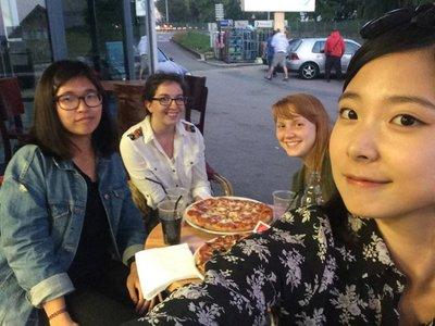 Pizza_et_Amies.jpg