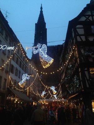 Rue_et_Cat.._Strasbourg.jpg