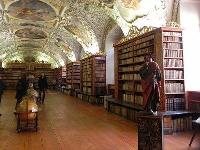 Strahov_Library10.jpg