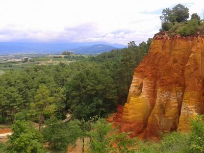 Colors of Roussillon