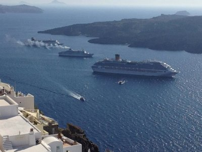 Cruise ships could not dock in the small port
