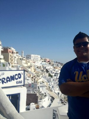 Thinking what to do in the island of Santorini!