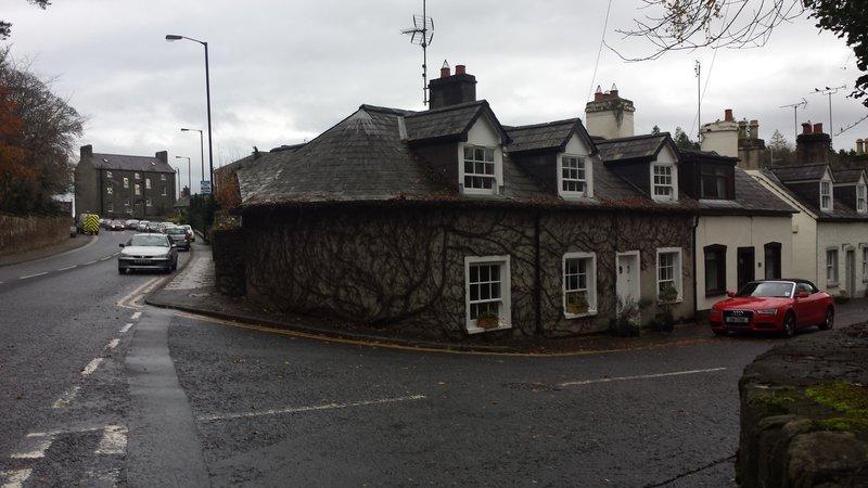 Hillsborough - pretty house