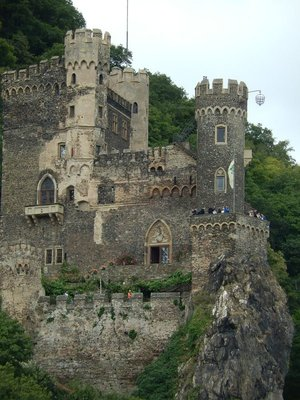 A castle with a cage. The cage was used to put people in for punishment.
