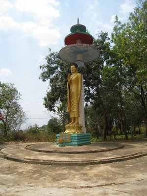 2015-03-07 Kampong Thom - Tao Temple 036