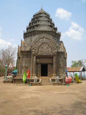 2015-03-07 Kampong Thom - Tao Temple 043