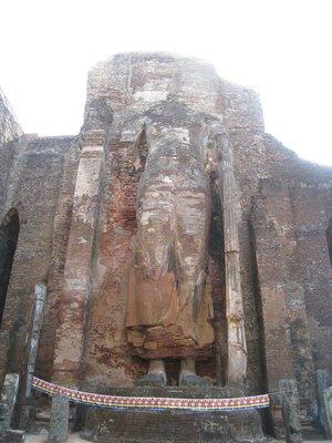 2015-04-23 Polonnaruwa 040