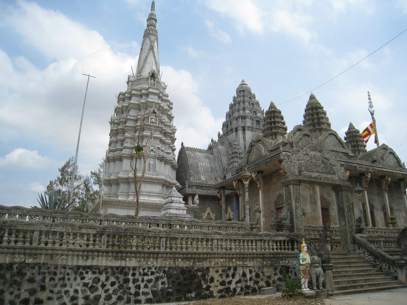 2015-03-07 Kampong Thom - Tao Temple 030