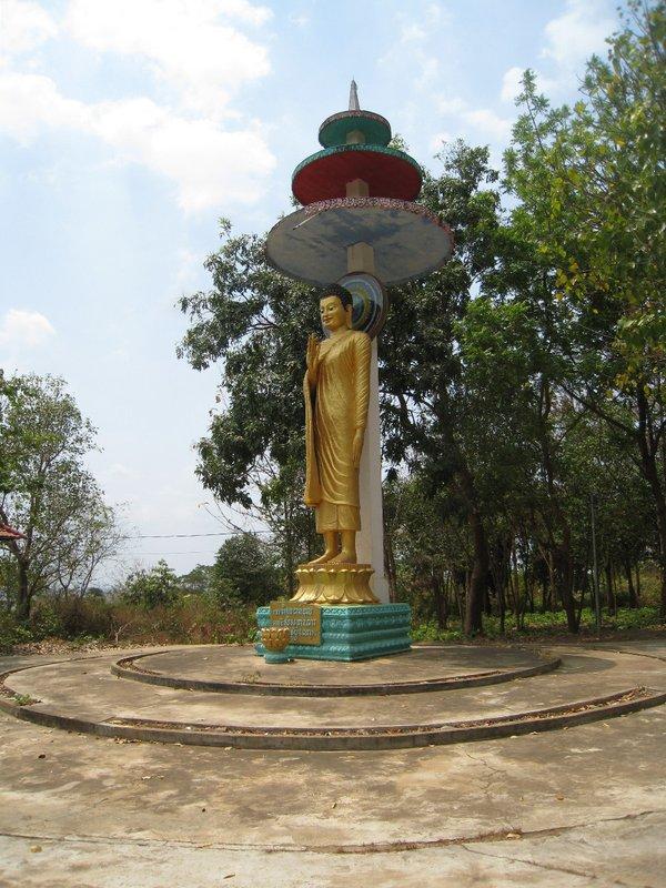 2015-03-07 Kampong Thom - Tao Temple 036