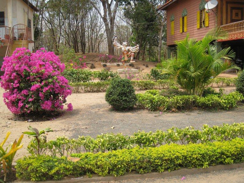 2015-03-07 Kampong Thom - Tao Temple 039