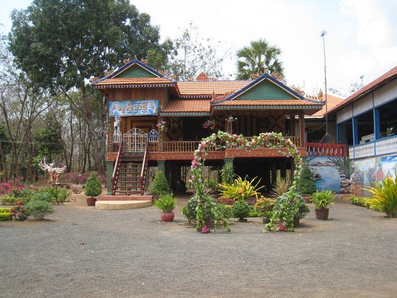 2015-03-07 Kampong Thom - Tao Temple 040