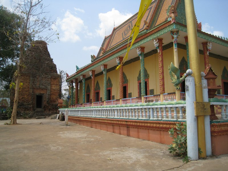 2015-03-07 Kampong Thom - Tao Temple 052