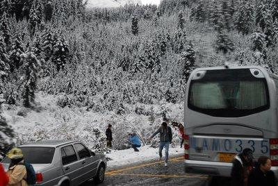 Snow Fun, Jiuzhaigou