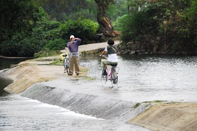 Crossing a weir (2), Yulong River