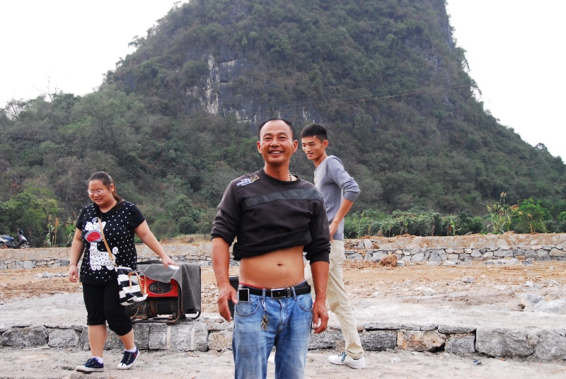 Happy Boatman, Yulong River