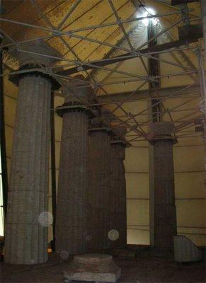 apollos columns
