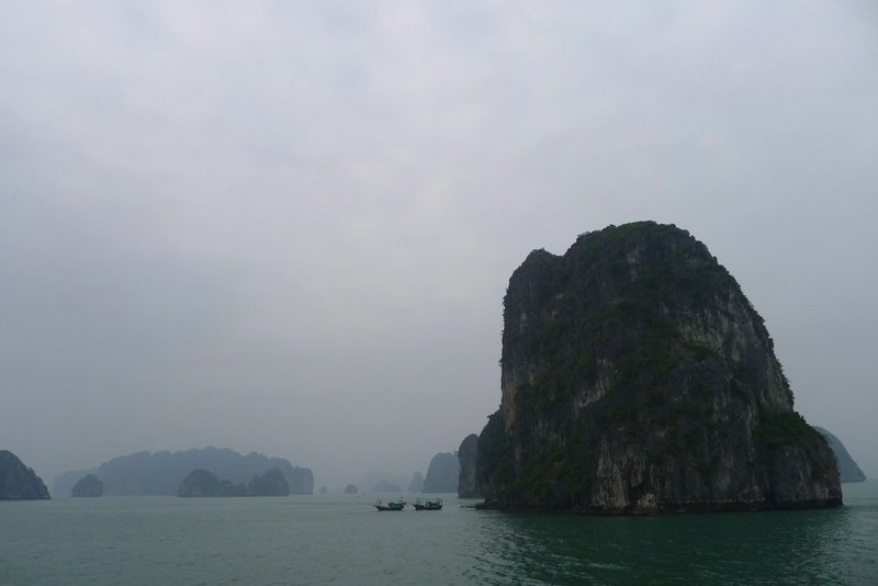 large_halong9.jpg