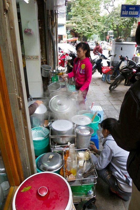 large_hanoi14.jpg