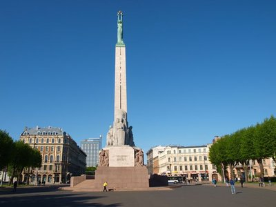 freedom-monument-riga.jpg