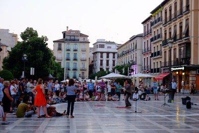 Albaicin street performance