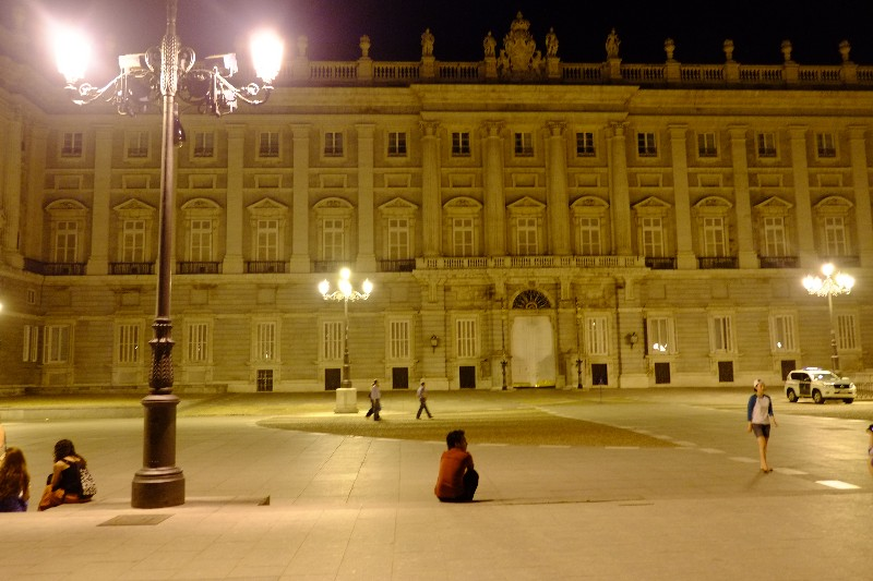 Royal De Palace