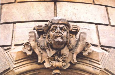 Detail above a Dresden doorway, May 2006
