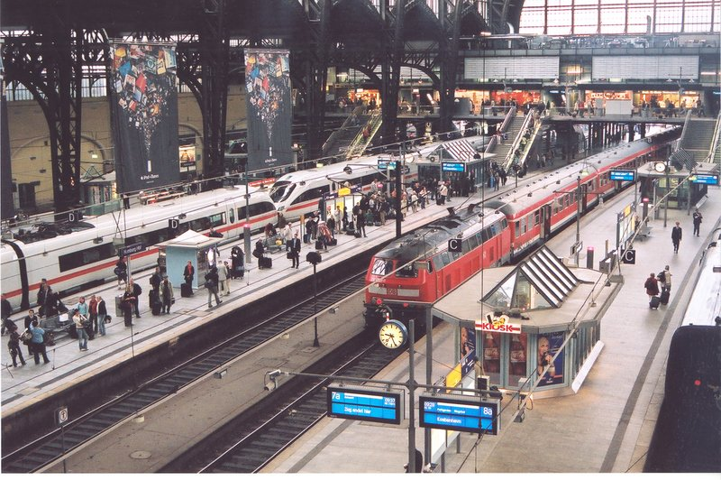 Hamburg haubtbahnhof or main trainstation