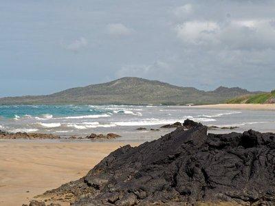 Isabella_island_beach.jpg