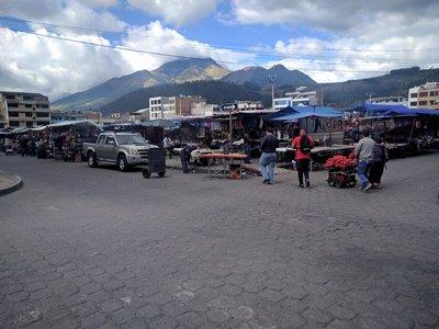 Otavalo_market.jpg