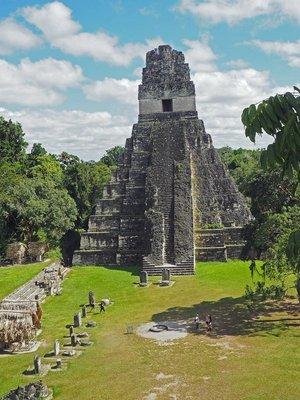 Tikal_2.jpg