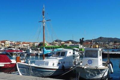 aegina_fishing_boat.jpg